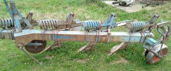 Pług Fiskars 4-skibowy