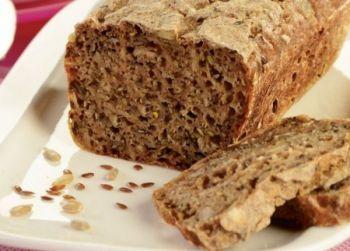 Chleb żytni z ziarnem na zakwasie